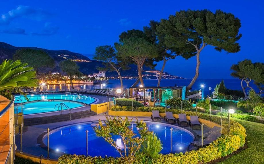 Cadre idyllique pour vos séminaires à l'hôtel*** Delcloy à St-Jean-Cap-Ferrat