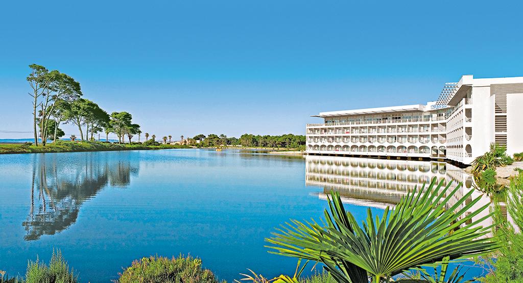 Réservez dès maintenant votre séminaire de fin d'année ou séminaire 2022, dans le Var, à l'hôtel*** Vacances Bleues Business Plein Sud à Hyères-les-Palmiers