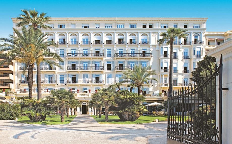 Découvrez notre hôtel Vacances Bleues Business, le Royal Westminster lors d'un séjour professionnel et ensoleillé à Menton